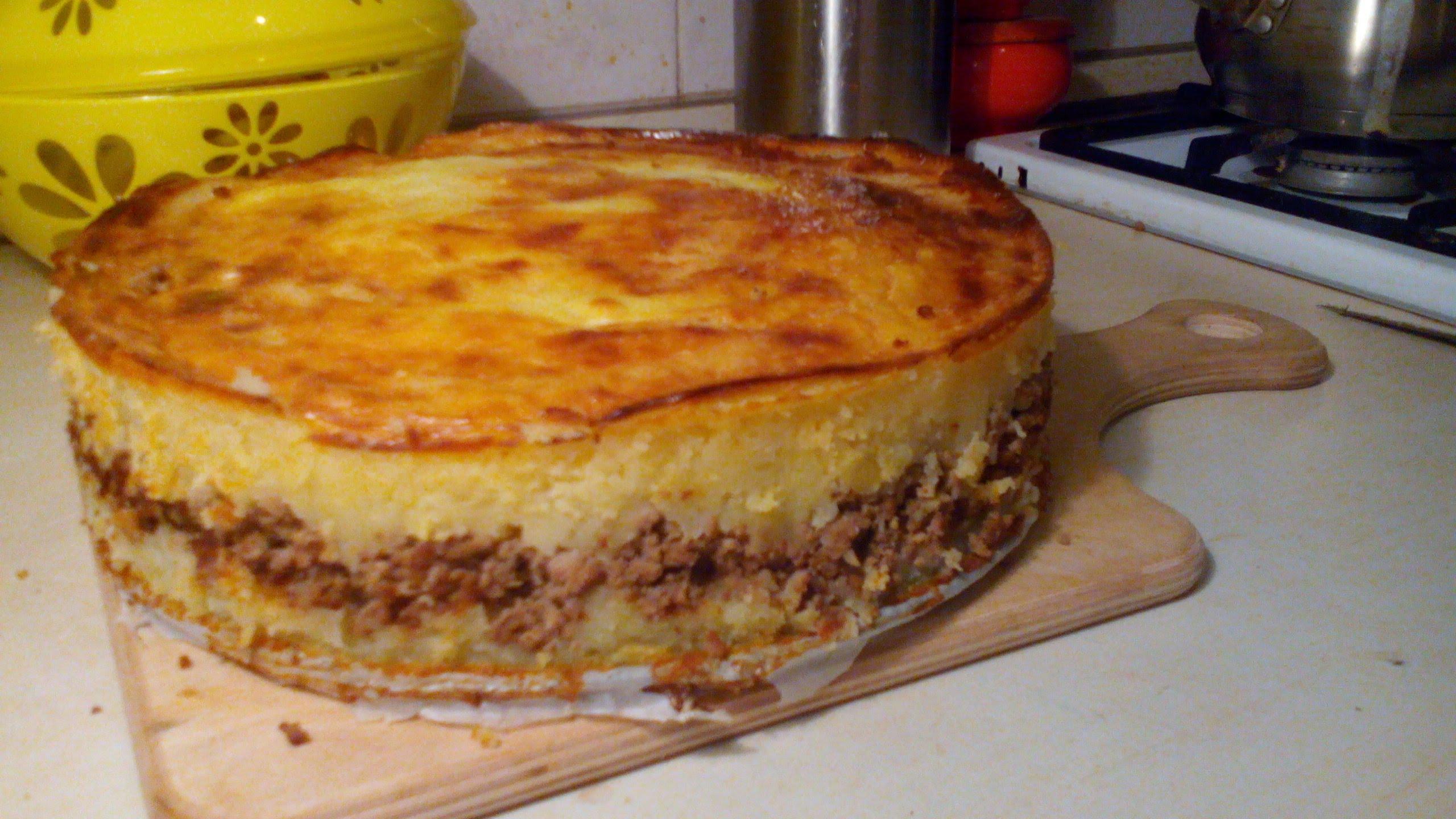Картофельная запеканка пюре с мясом в духовке рецепт