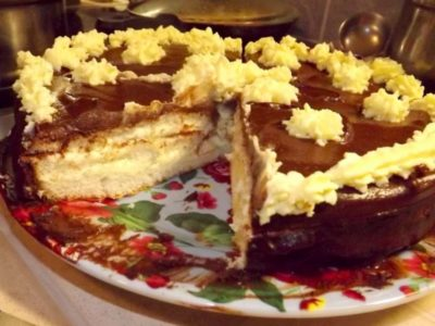Очень вкусный и быстрый торт Чародейка