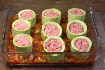 Отличная идея! Теперь это мое любимое блюдо из кабачков!
