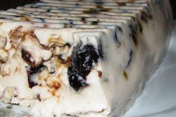 Чернослив, сметана и грецкий орех — идеальный десерт для любимых!