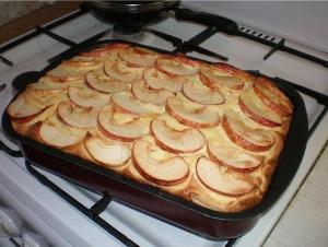 Творожная запеканка с яблоками фото