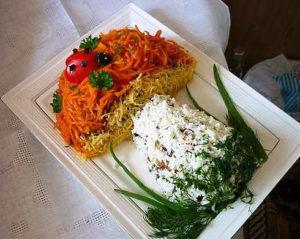 salat-v-forme-griba-retept-s-foto