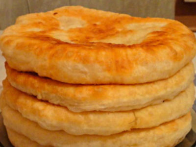 Лепешки на кефире с начинкой