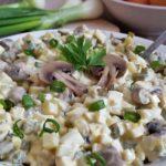 Праздничный салат за 5 минут. СЪЕЛА ВСЮ ТАРЕЛКУ! . Рецепт из ряда быстро и вкусно. Попробуйте - будете делать только так.