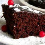 Влажный шоколадный торт-пирожное покоряет своим в меру сладким, нежным вкусом и ароматом! Фирменный рецепт самой вкусной в мире выпечки!