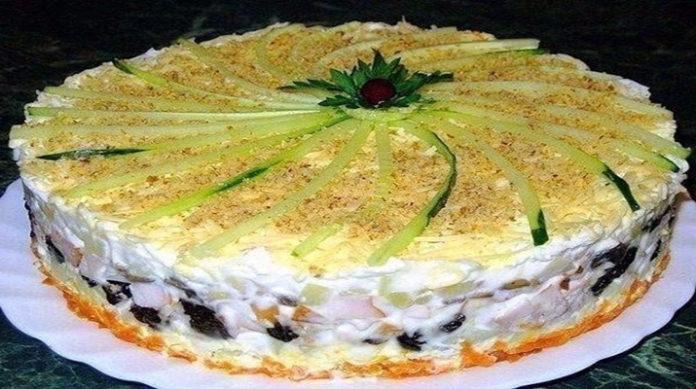 Салат-торт №1 в мире. Гости придут в настоящий восторг — внешний вид потрясающий, вкус — невероятный!