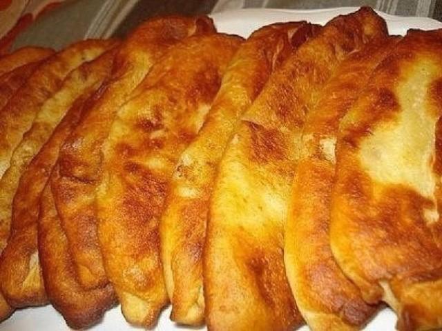 Они меня всегда выручают! Тонкие пирожки с картошкой.
