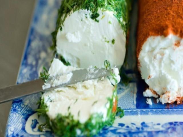 Домашний сливочный сыр. Мягкий, воздушный, нежный сливочный сыр — идеальная закуска.