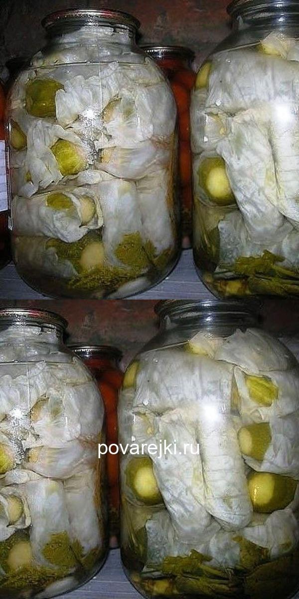 Вы делали кто нибудь такую закатку, как огурцы в капустных листьях? Если нет, то берите рецепт на вооружение. Очень вкусно.