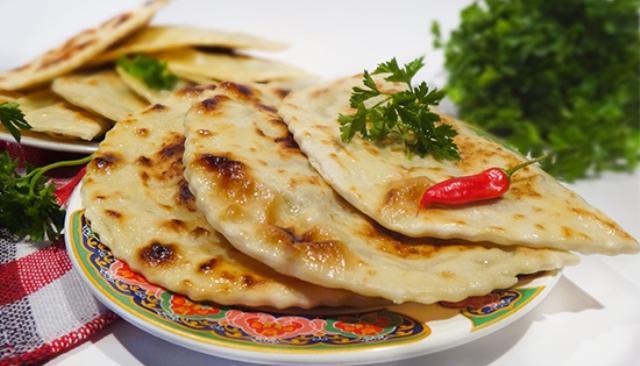 Хрустящая корочка, сочная и ароматная начинка, ни капли лишнего жира - восхитительное блюдо, перед которым никто не устоит.
