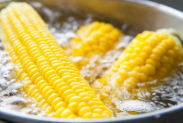 Как правильно варить кукурузу. Один из правильных способов!