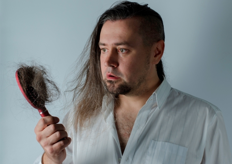 Хочешь отрастить длинную густую шевелюру, но волосы бегут с твоей головы 6