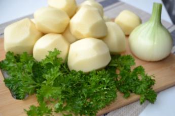 Такую вкуснятину из молодой картошки готовлю по несколько раз в неделю 1